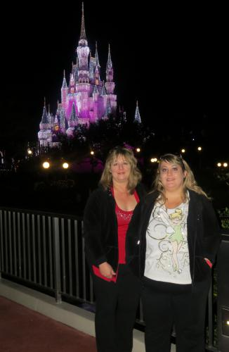 1 Picture disneyworld me and lindsey